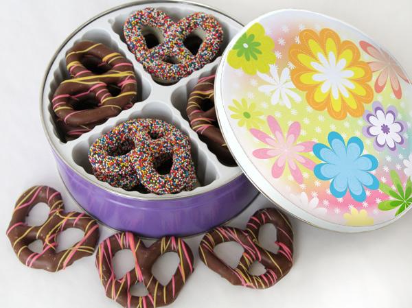 Easter ChocolatePretzel Tin