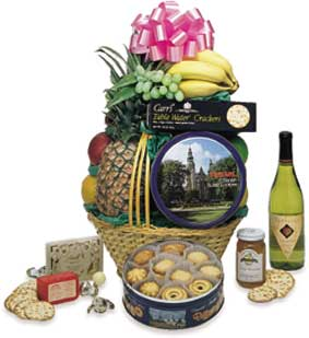 The Traditional Basket with Wine