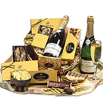 Moet & Godiva Party Tray