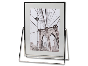 Lawrence 5x7 Harland Silver Float Frame