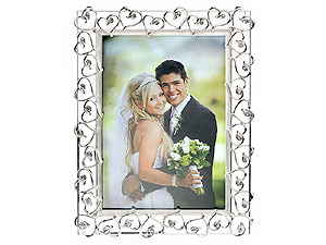 Lawrence 5x7 Silver Plated Heart Frame