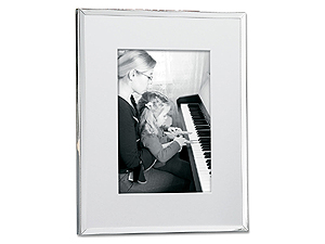 Lawrence Shiny Silver Plated Matted Frames
