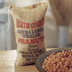 Raw Shelled Peanuts
