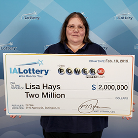 Iowa Lottery Powerball Winner Lisa Hays