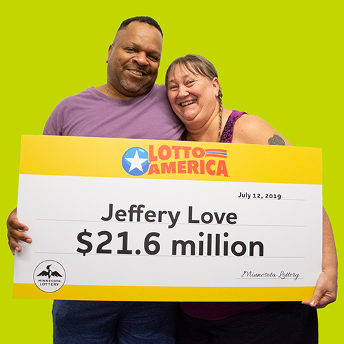 Lotto America jackpot winner Jeffrey Love with his wife Vickie Love