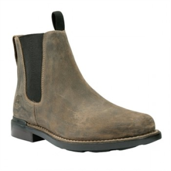 What Shoes Does Hank Moody Wear