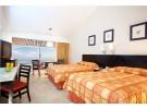 Img - Habitación superior, 2 camas dobles, vistas al mar