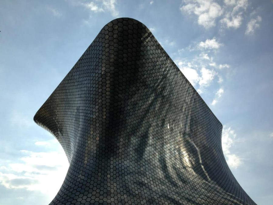 <p>Modern-style facade of the Soumaya Museum in Mexico City</p>