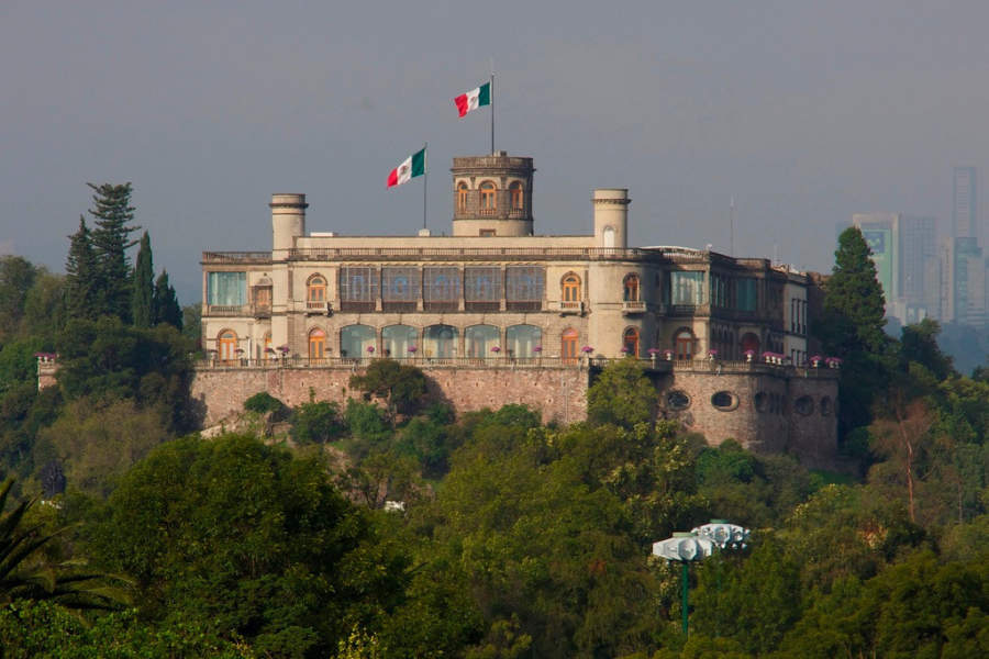 <p>The Chapultepec Castle is a historic building in Mexico City</p>