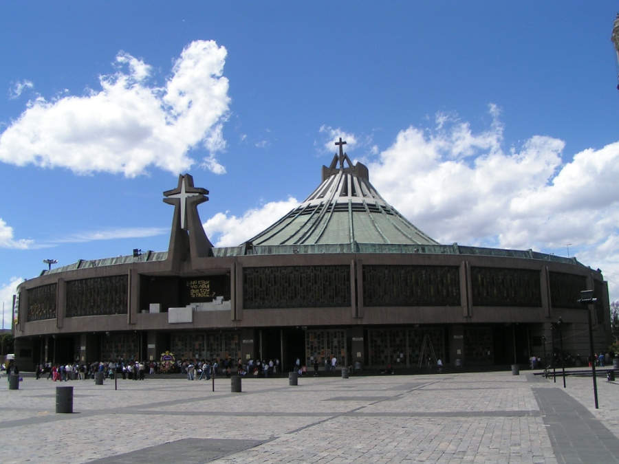 <p>Exterior view of Basilica of Our Lady of Guadalupe</p>