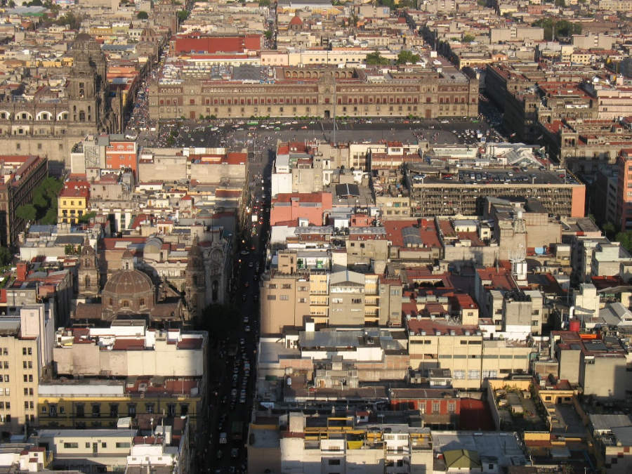 <p>Aerial view of the historic center of Mexico City</p>