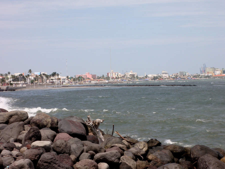 <p>Breakwater on a beach of Veracruz</p>