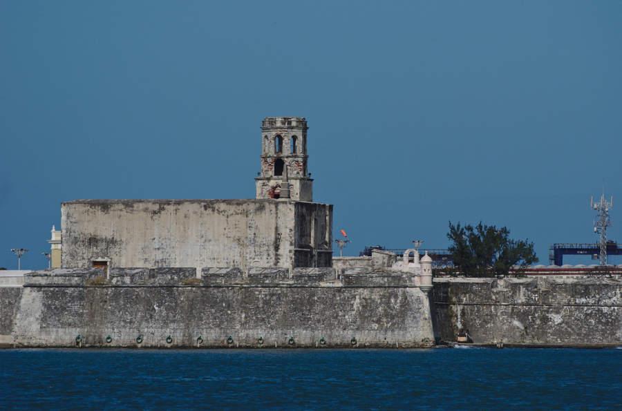 <p>The Castle of San Juan de Ulúa is an oldfortress in Veracruz</p>