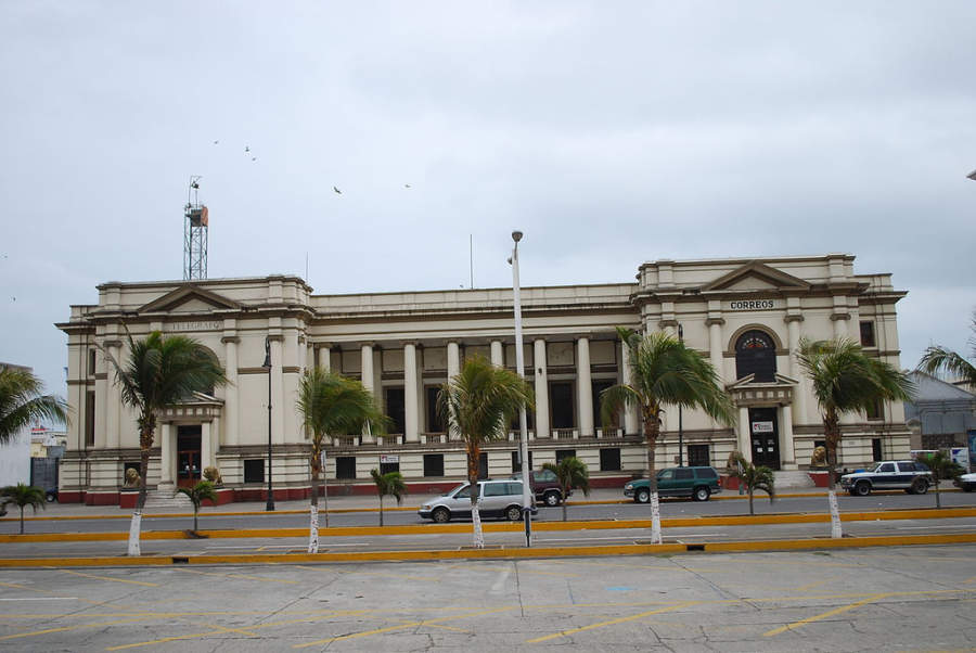 <p>View of the old facilities of the Post and Telegraph buildings in Veracruz</p>