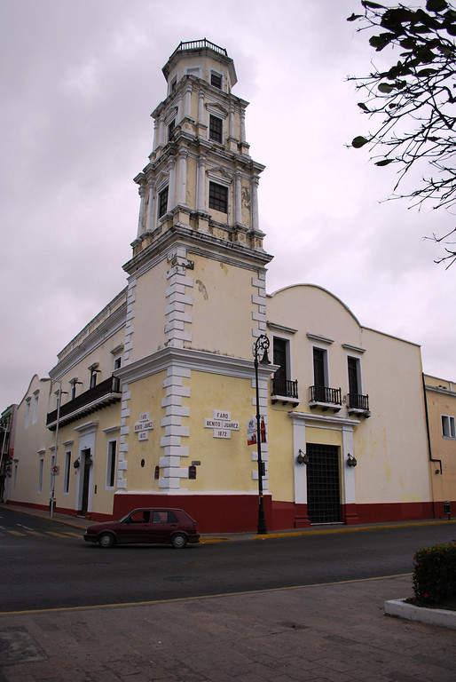 <p>Facade of Benito Juárez Lighthouse in Veracruz</p>