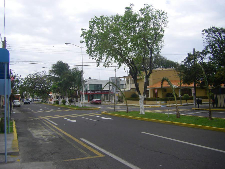 <p>Las Américas Avenue in the city of Veracruz</p>