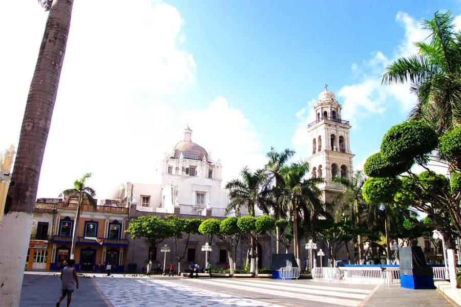 <p>A park in the Port of Veracruz</p>