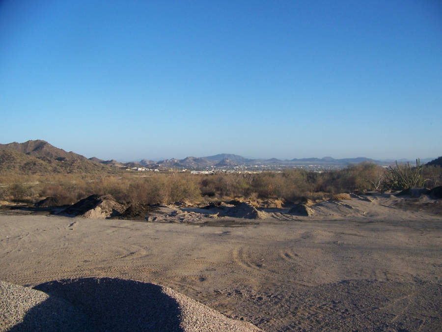 <p>View of Hermosillo from the desert</p>