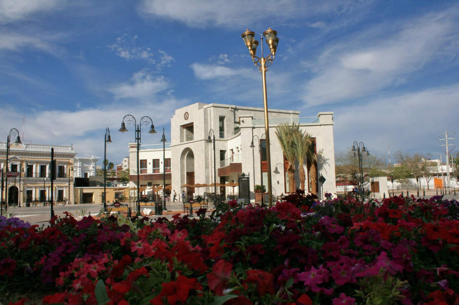 <p>Bicentennial Square commemorates the 200th anniversary of Mexico as a free country</p>