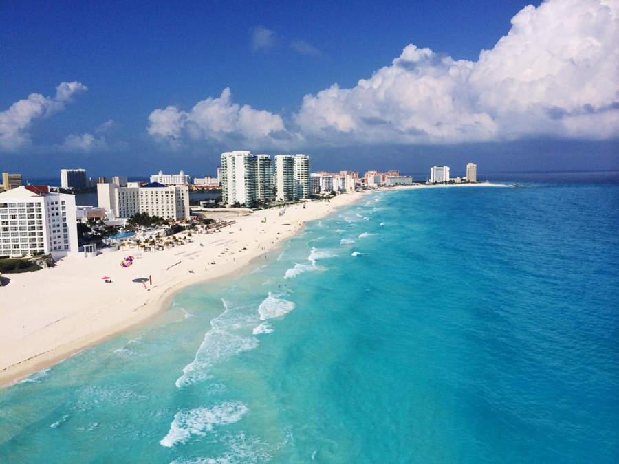 <p>Las playas de Cancún son famosas por su color turquesa</p>