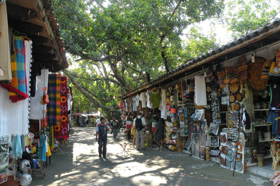 <p>Market in Puerto Vallarta</p>