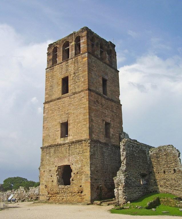 La Torre de Panamá Viejo