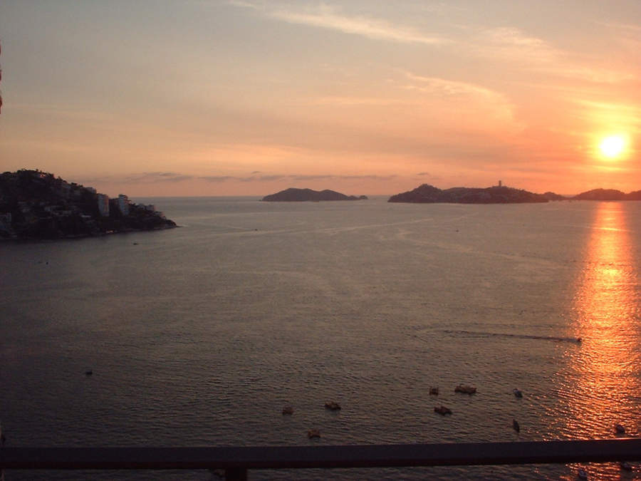 <p>Sunset in Acapulco Bay</p>