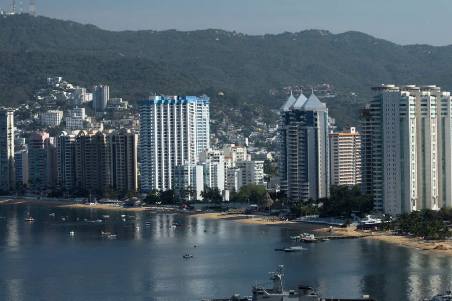 <p>Hotel zone on Acapulco Bay</p>