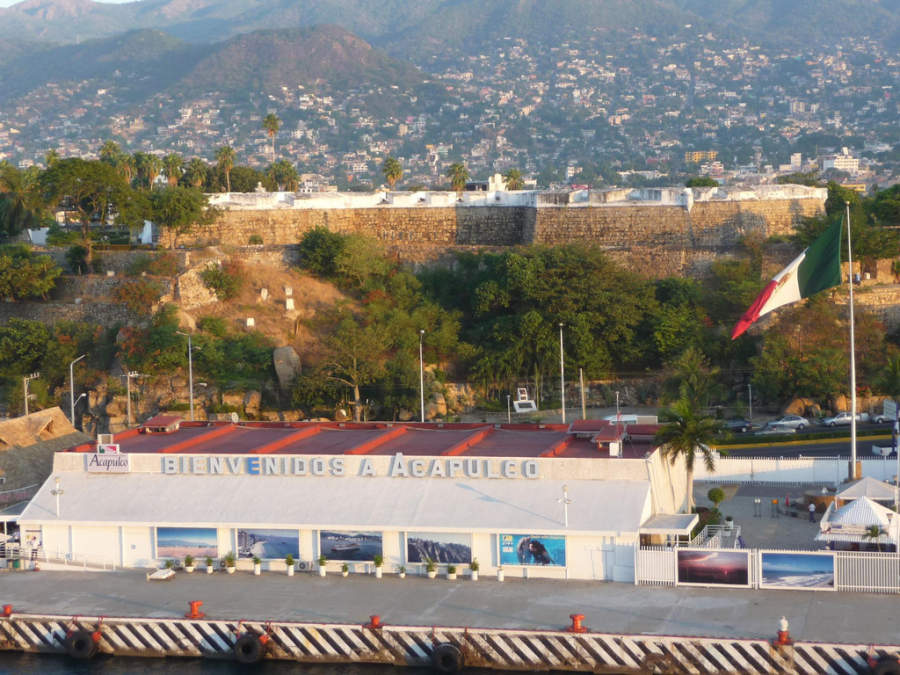 <p>Ferry Terminal in Acapulco</p>