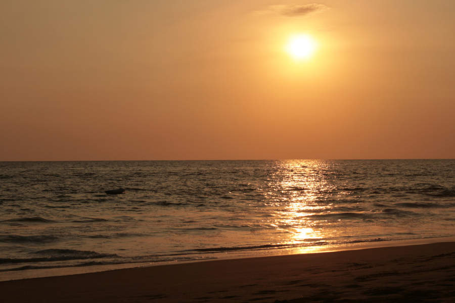 <p>Sunset in Pie de la Cuesta, near Acapulco</p>
