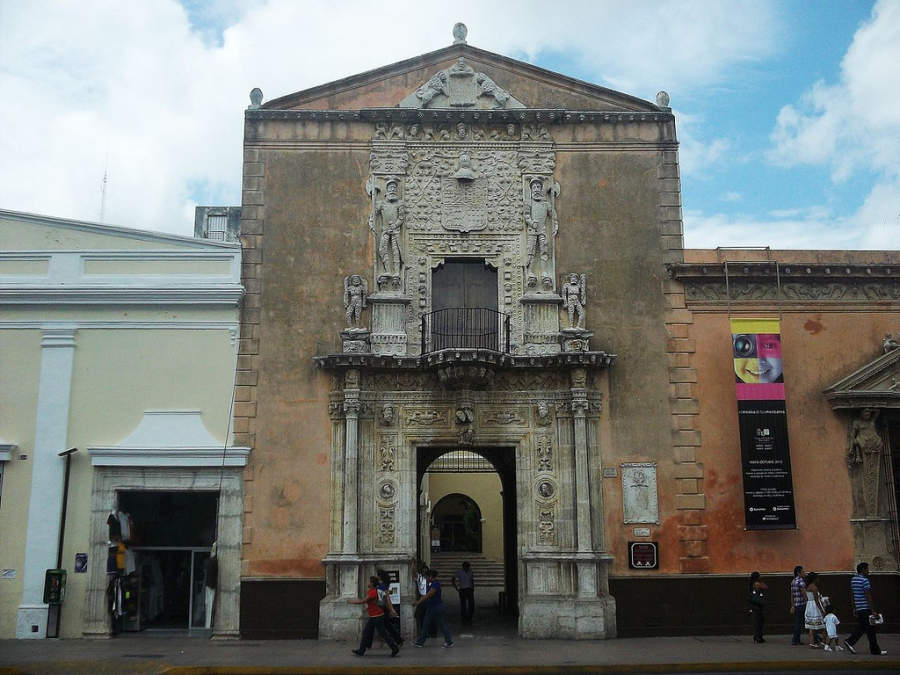 <p>Exterior view of the old Montejo House in Merida</p>