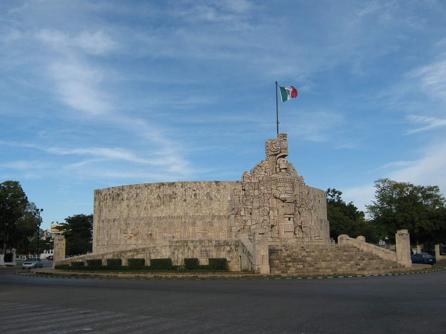 <p>Patria Monument on Paseo Montejo</p>