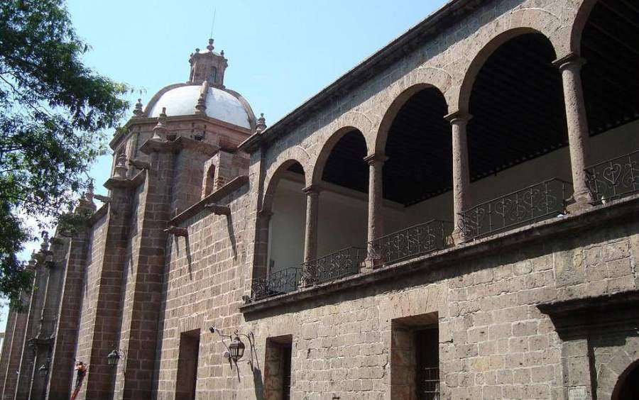 <p>Templo de las Rosas, the first music conservatory of America</p>