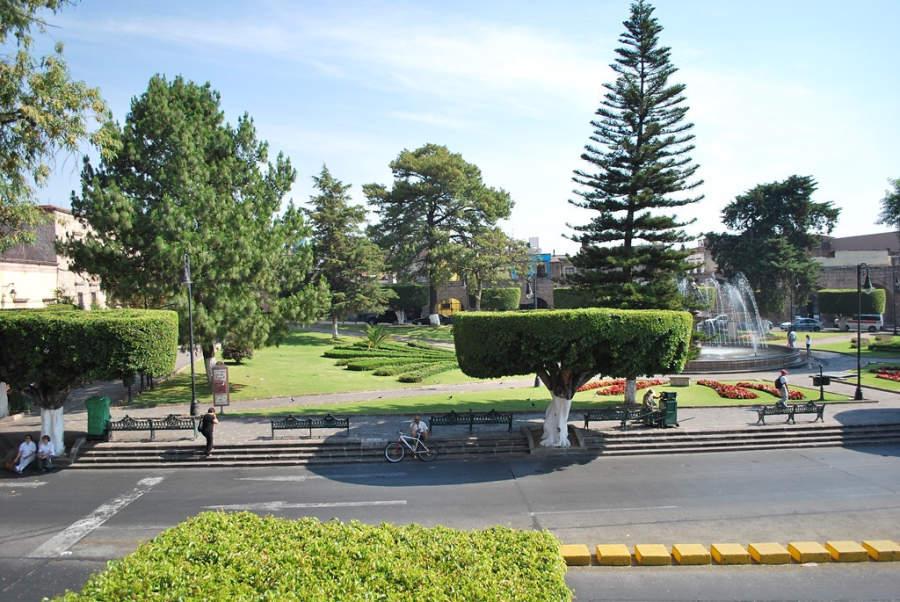 <p>Villalongin garden in Morelia</p>