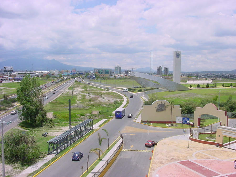 <p>Angelópolis, important residential and business area in Puebla de Zaragoza</p>
