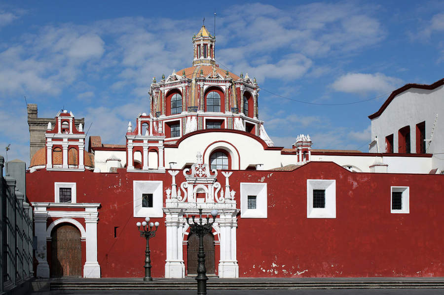 <p>Chapel of Our Lady of the Rosary in the historic center of Puebla</p>