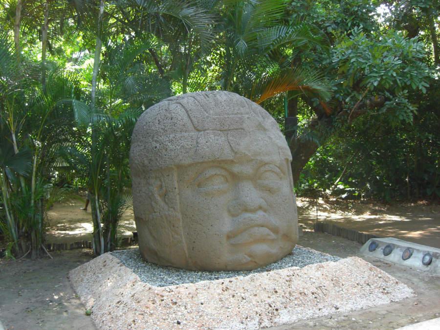 <p>Olmec colossal head in La Venta Museum, Villahermosa</p>