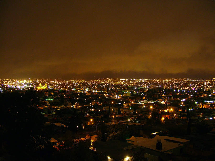 <p>Night view of the city of Chihuahua</p>