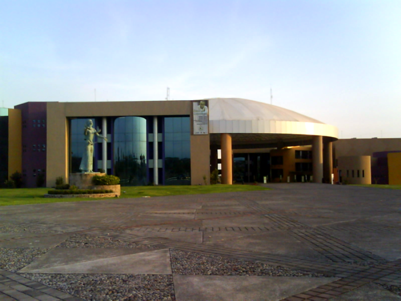 <p>View of the Administrative Complex of Colima Government</p>