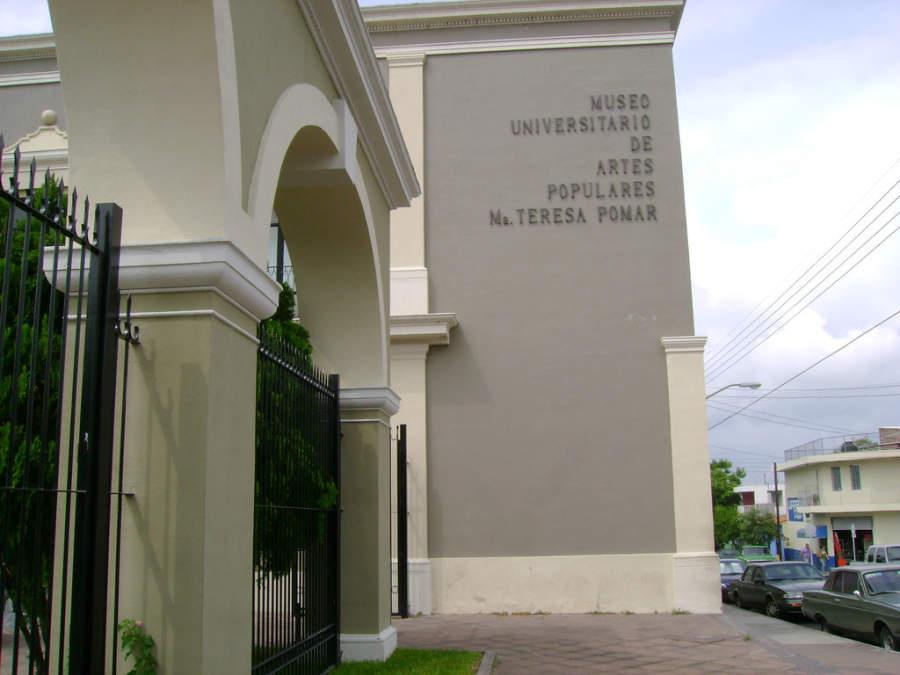 <p>Museo Universitario de Artes Populares María Teresa Pomar</p>
