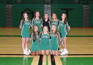 2018 Girls Varsity Cheer team photo