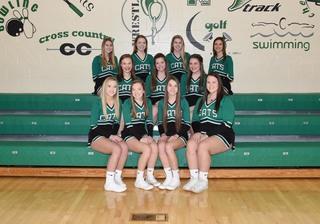 2017 Girls Varsity Cheer team photo
