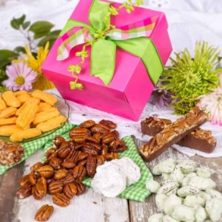 Southern Sweets Pecan Gift Tin