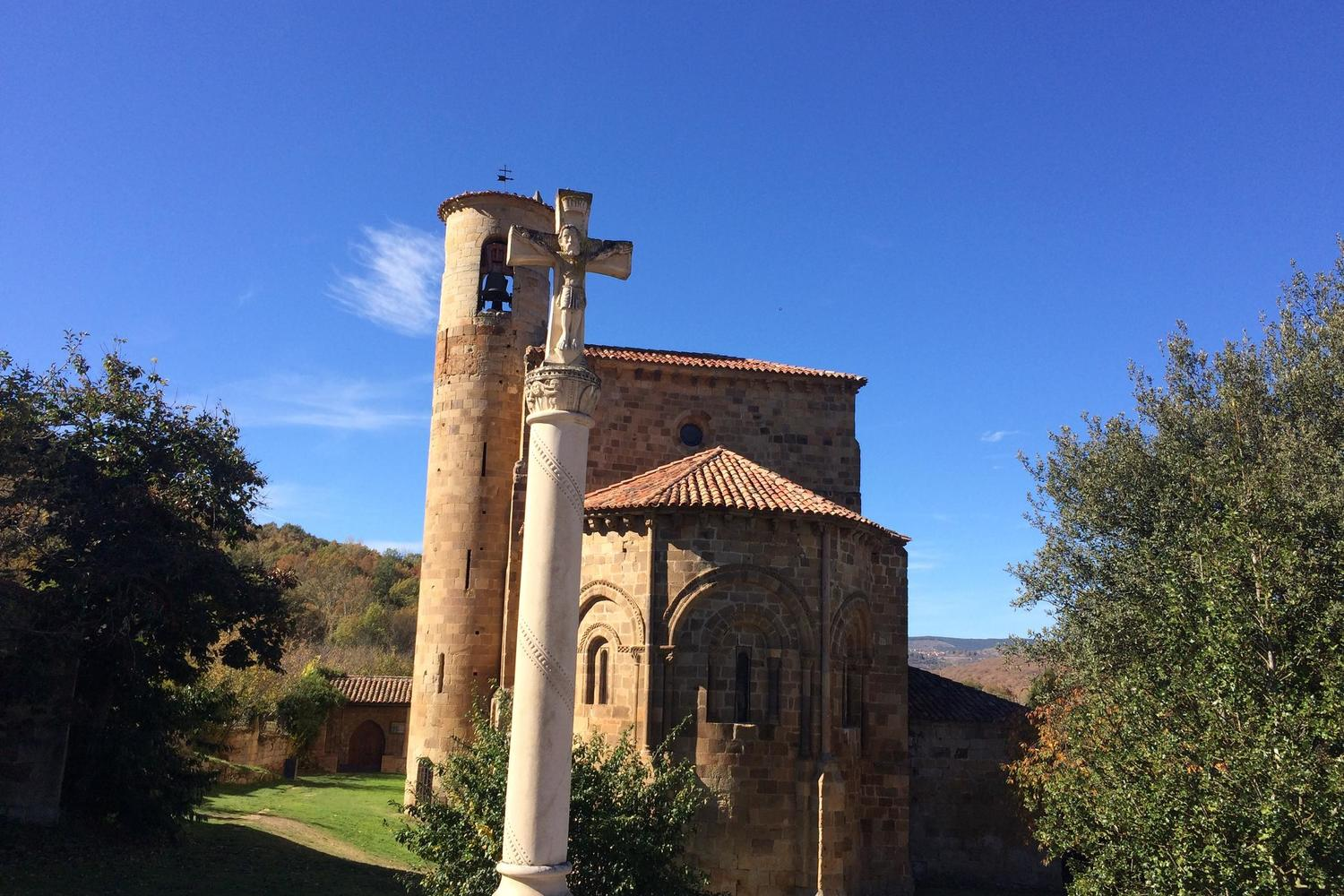 A classically Romanesque church in the Ebro region of Spain