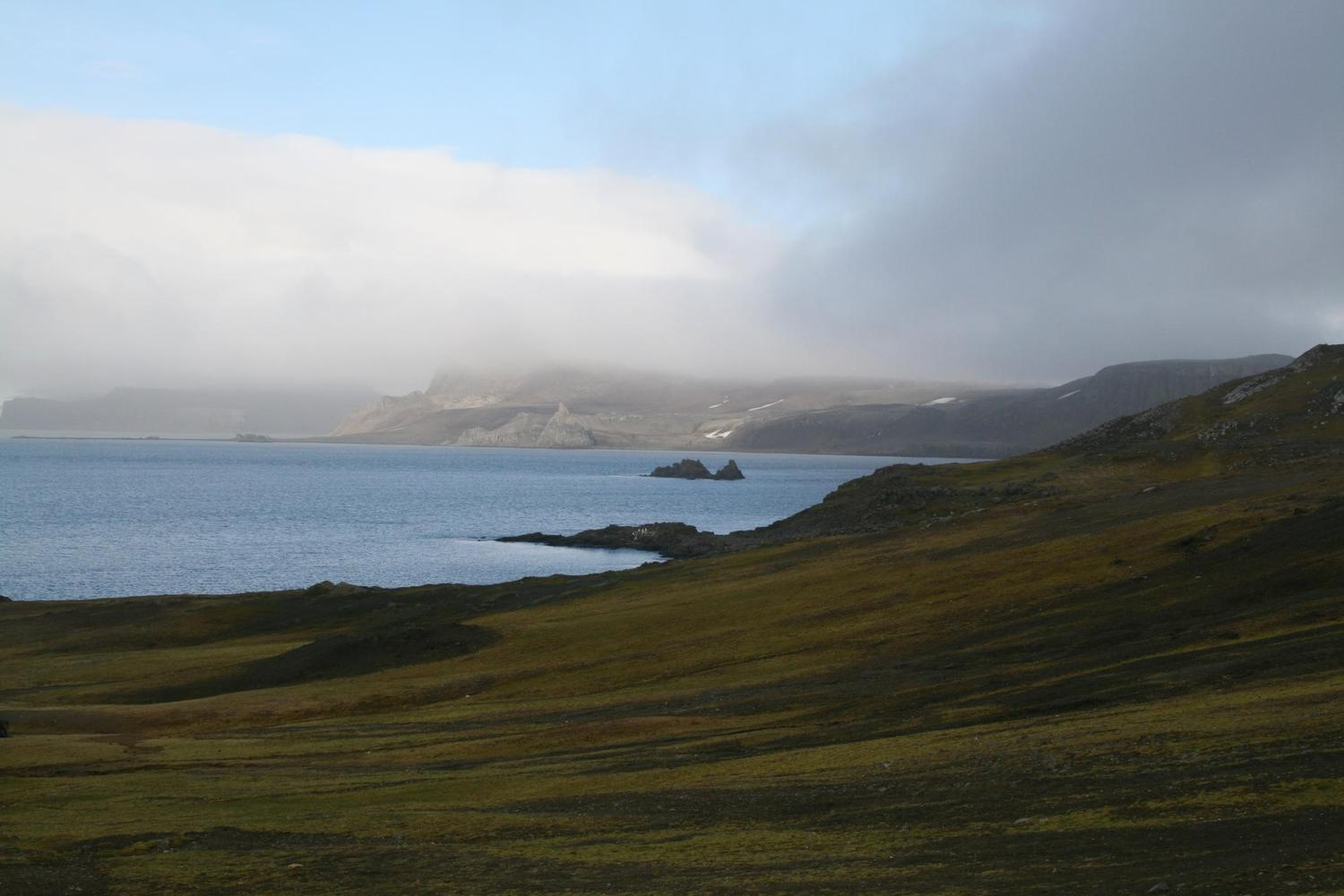 The sweeping landscapes of the South Shetland Islands