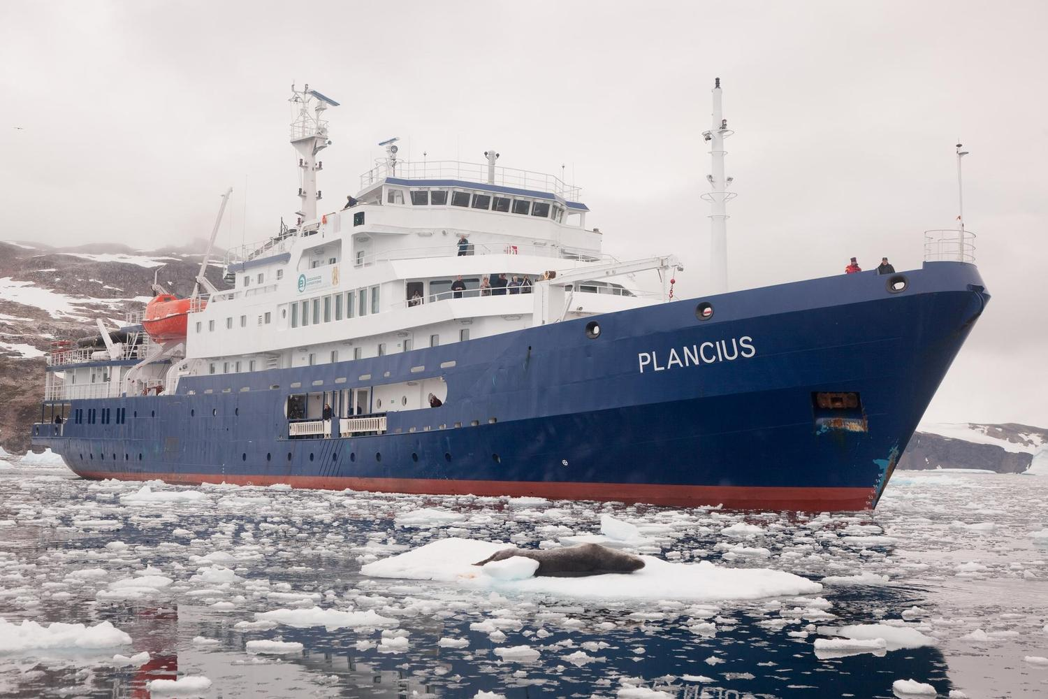 Antarctic expedition ship Plancius