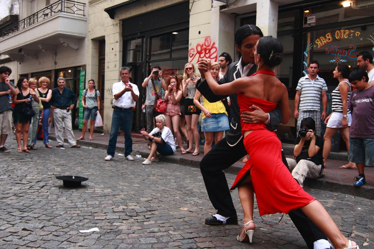 Tango performers on the streets of San Telmo, Buenos Aires