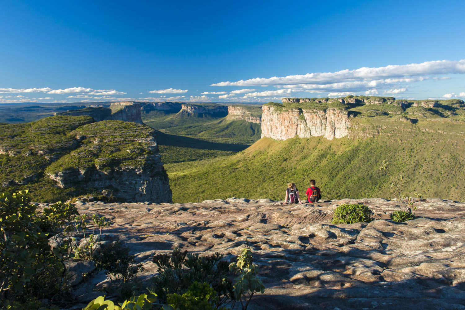 Travellers enjoying the view at Chapada Diamantina National Park