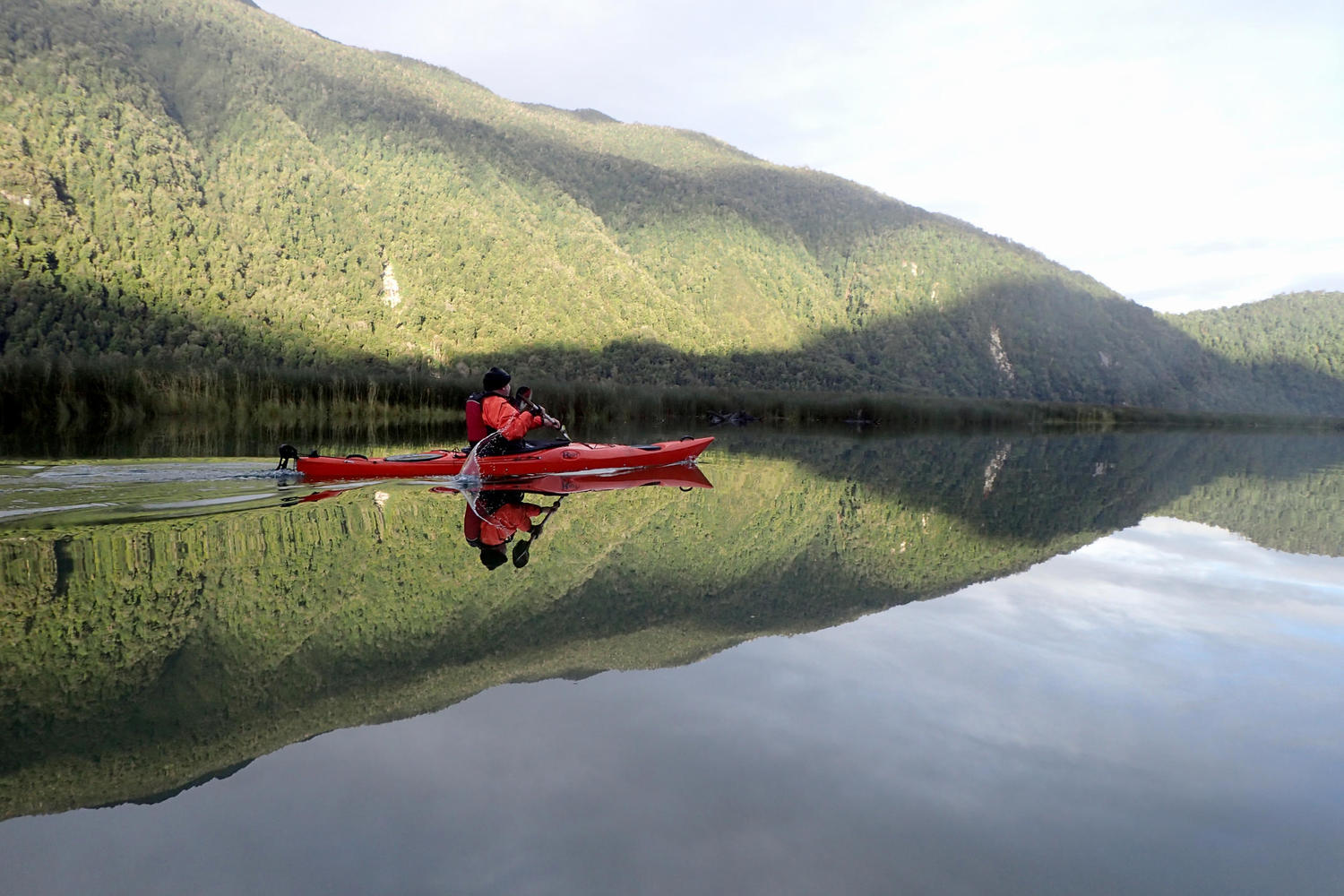 Paddling in the Queulat fjord from the Posada Queulat
