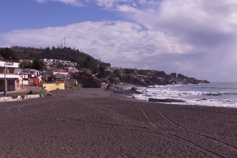 Wild Pacific coast at Curanipe, near Chanco